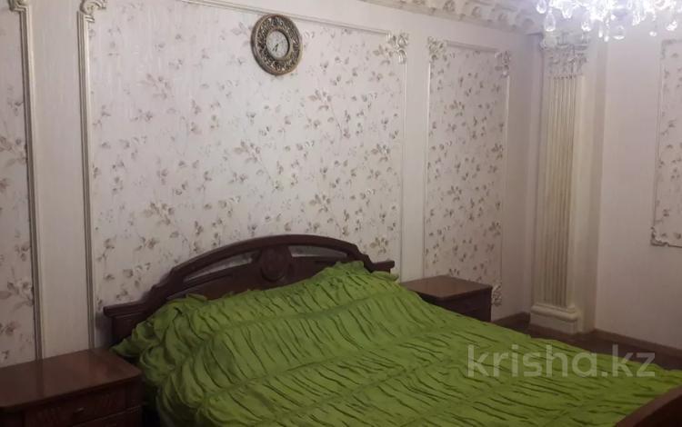 1-комнатная квартира, 45 м², 4/12 этаж по часам, Сыганак 10 — Сауран за 1 000 〒 в Нур-Султане (Астана), Есиль р-н