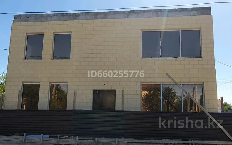 Здание, площадью 145 м², проспект Азаттык 143 — Ул.Алтай за 25 млн 〒 в Атырау
