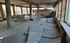 Здание, площадью 450 м², улица Колбасшы Койгельды 26 за 27 млн 〒 в Таразе