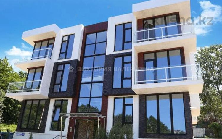 2-комнатная квартира, 69 м², 1/3 этаж, мкр Нурлытау (Энергетик), Мкр Нурлытау (Энергетик) за 28.5 млн 〒 в Алматы, Бостандыкский р-н