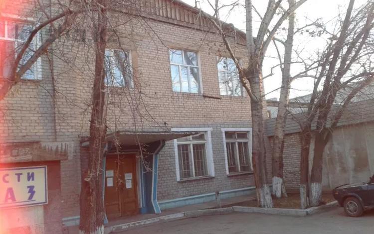 Здание, площадью 900 м², Пархоменко за 220 млн 〒 в Семее
