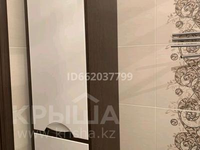 2-комнатная квартира, 80 м², 3/5 этаж, мкр Астана 45 за 24 млн 〒 в Уральске, мкр Астана — фото 19