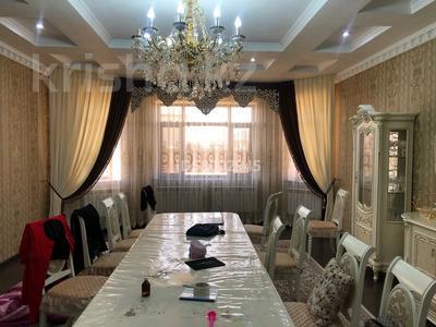 9-комнатный дом, 360 м², 13 сот., Массив дорожник ул Дулатова 8 за 78 млн 〒 в Таразе