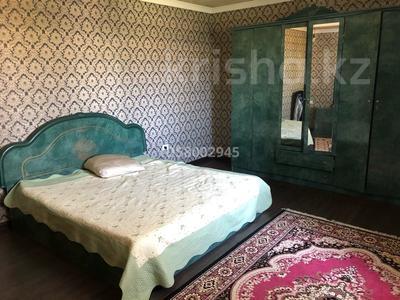 9-комнатный дом, 360 м², 13 сот., Массив дорожник ул Дулатова 8 за 78 млн 〒 в Таразе — фото 5