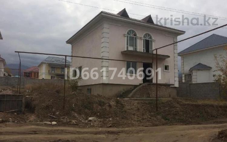 7-комнатный дом, 285 м², 8 сот., Ул.Ынталы за 36 млн 〒 в Кыргауылдах