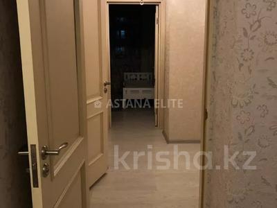3-комнатная квартира, 90 м², 12/14 этаж помесячно, Сарайшык 5Е — Акмешит за 180 000 〒 в Нур-Султане (Астана), Есильский р-н — фото 14