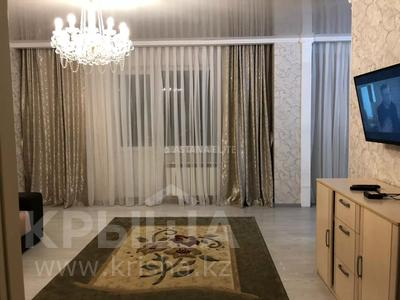 3-комнатная квартира, 90 м², 12/14 этаж помесячно, Сарайшык 5Е — Акмешит за 180 000 〒 в Нур-Султане (Астана), Есильский р-н — фото 4