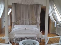 8-комнатный дом, 640 м², 50 сот.