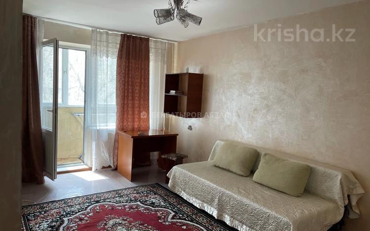 1-комнатная квартира, 33 м², 3/4 этаж помесячно, Ауэзова 169 — Габдуллина за 100 000 〒 в Алматы, Бостандыкский р-н