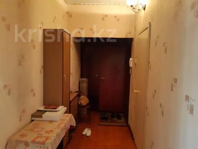 1-комнатная квартира, 43 м², 4/5 этаж, мкр Аксай-3А, Толе би 47 — Яссауи за 13 млн 〒 в Алматы, Ауэзовский р-н — фото 3