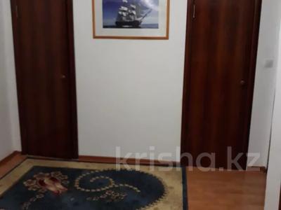 3-комнатная квартира, 77.1 м², 4 этаж помесячно, Мкр Астана 11 за 80 000 〒 в  — фото 4