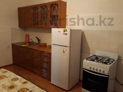 3-комнатная квартира, 77.1 м², 4 этаж помесячно, Мкр Астана 11 за 80 000 〒 в  — фото 7