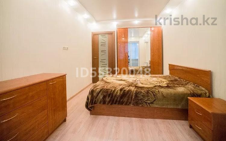 3-комнатная квартира, 60 м², 2/5 этаж посуточно, Ауельбекова 128 — Назарбаева за 12 000 〒 в Кокшетау