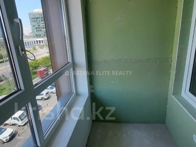 3-комнатная квартира, 106 м², 4/22 этаж, Мангилик Ел 56 за 35.7 млн 〒 в Нур-Султане (Астана), Есиль р-н — фото 28