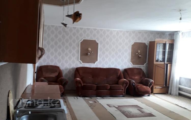 2-комнатная квартира, 45 м², 3/5 этаж, 1микрайон 1-й мкр за 4.9 млн 〒 в Семее