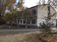 Здание, площадью 981 м²