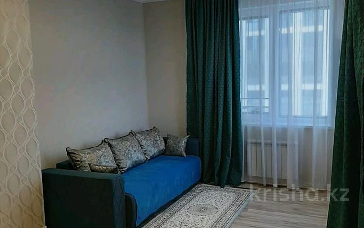 1-комнатная квартира, 47 м², 3/22 этаж помесячно, Кабанбай батыра 2/3 — Коргальжинское шоссе за 95 000 〒 в Нур-Султане (Астана), Есиль р-н