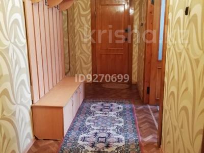 4-комнатная квартира, 79.7 м², 1/9 этаж помесячно, Каркаралинская 22 — Глинки за 90 000 〒 в Семее — фото 2