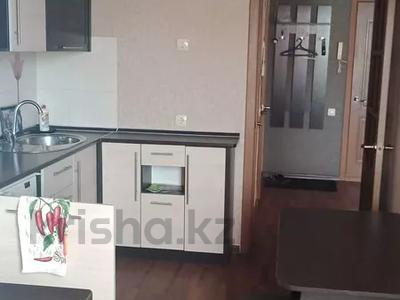 1-комнатная квартира, 42 м², 3/9 этаж посуточно, Карбышева 44 за 7 000 〒 в Усть-Каменогорске — фото 5