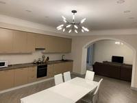 3-комнатная квартира, 140 м², 8/14 этаж помесячно, Назарбаева 223 за 500 000 〒 в Алматы, Медеуский р-н