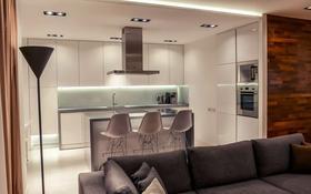 3-комнатная квартира, 131 м², 3/7 этаж, Жанибек и Керей ханов 6 за 120 млн 〒 в Нур-Султане (Астана), Есиль р-н