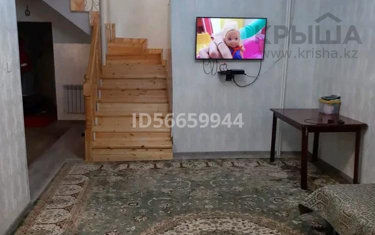 5-комнатная квартира, 100 м², 1/2 этаж, 4 мкр 5а за 20 млн 〒 в Жанаозен