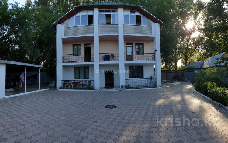 7-комнатный дом, 295 м², 6.95 сот., Омарова — Жансугурова за 35.5 млн 〒 в Алматы, Жетысуский р-н