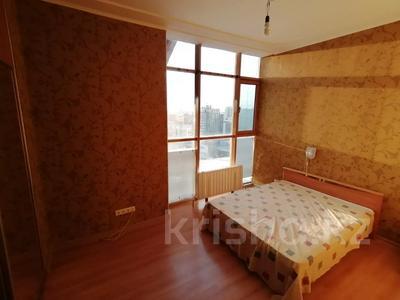 4-комнатная квартира, 254.2 м², 18/18 этаж, Туркестан 2 за 55 млн 〒 в Нур-Султане (Астана), Есиль р-н — фото 11
