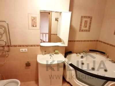 4-комнатная квартира, 254.2 м², 18/18 этаж, Туркестан 2 за 55 млн 〒 в Нур-Султане (Астана), Есиль р-н — фото 12