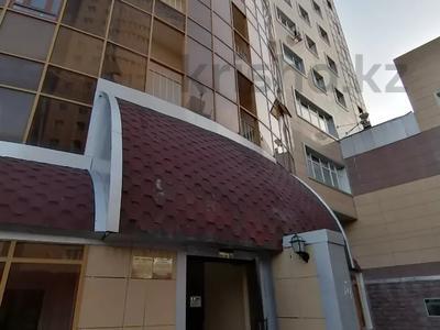 4-комнатная квартира, 254.2 м², 18/18 этаж, Туркестан 2 за 55 млн 〒 в Нур-Султане (Астана), Есиль р-н — фото 19