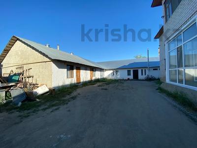 Здание, площадью 800 м², Ерназарова 43 за 45 млн 〒 в Актобе — фото 3