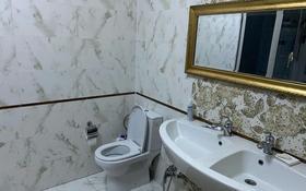 9-комнатный дом, 410 м², 6 сот., мкр Михайловка , Кривогуза 41/2 за 130 млн 〒 в Караганде, Казыбек би р-н