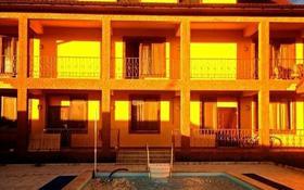 10-комнатный дом, 503 м², 16 сот., мкр Курамыс, Мкр Курамыс 73 за 85 млн 〒 в Алматы, Наурызбайский р-н
