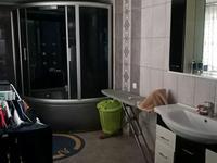 5-комнатный дом, 250 м², 20 сот.