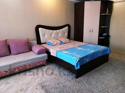 1-комнатная квартира, 32 м² посуточно, Казахстан 93 за 8 000 〒 в Усть-Каменогорске