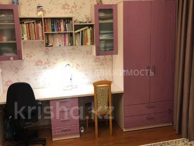 3-комнатная квартира, 98 м², 12/15 этаж, Сакена Сейфуллина за 29 млн 〒 в Нур-Султане (Астана), Сарыарка р-н — фото 8