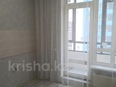 1-комнатная квартира, 40 м², 8/9 этаж, проспект Кабанбай Батыра за 16.2 млн 〒 в Нур-Султане (Астана), Есиль р-н — фото 3