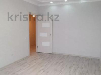 1-комнатная квартира, 40 м², 8/9 этаж, проспект Кабанбай Батыра за 16.2 млн 〒 в Нур-Султане (Астана), Есиль р-н — фото 2