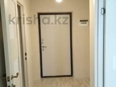 1-комнатная квартира, 40 м², 8/9 этаж, проспект Кабанбай Батыра за 16.2 млн 〒 в Нур-Султане (Астана), Есиль р-н — фото 6
