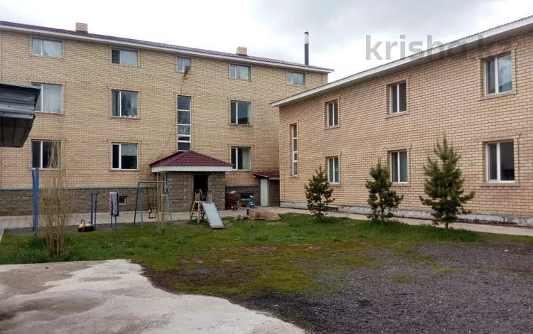 Здание, площадью 1083 м², Иле — проспект Шакарима Кудайбердиулы за 140 млн 〒 в Нур-Султане (Астана), Алматинский р-н