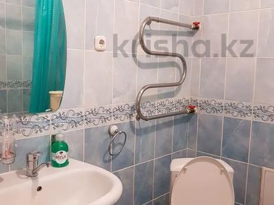1-комнатная квартира, 40 м², 21 этаж посуточно, Достык 5 за 10 000 〒 в Нур-Султане (Астана), Есиль р-н — фото 4