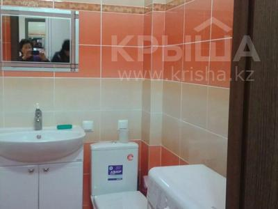 1-комнатная квартира, 30 м², 7/9 этаж посуточно, Женис 43 за 5 000 〒 в Нур-Султане (Астана), Сарыарка р-н — фото 3