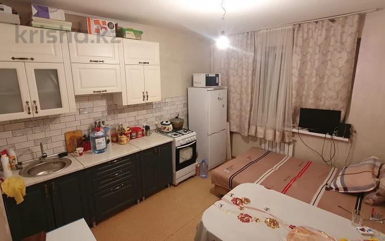 1-комнатная квартира, 40 м², 2/5 этаж, Жас Канат, Баймагамбетова за 13.6 млн 〒 в Алматы, Турксибский р-н