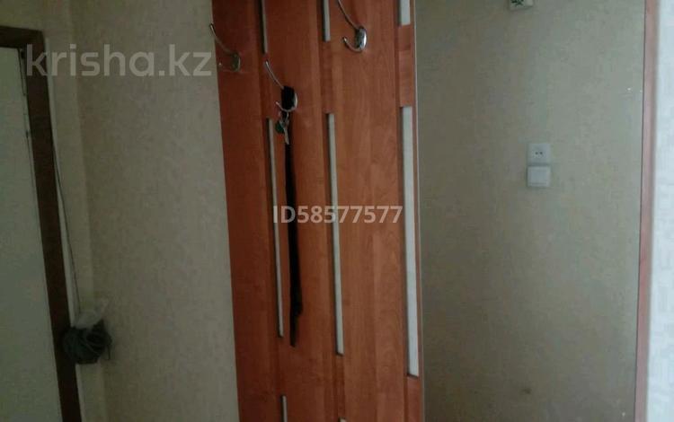 1-комнатная квартира, 38 м², 2/5 этаж, улица Маяковского 6 — Карбышева за 8.5 млн 〒 в Усть-Каменогорске