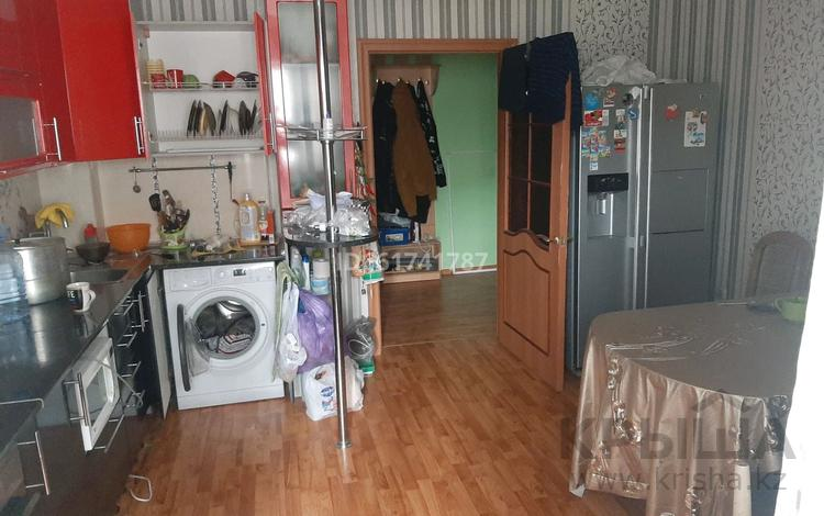 2-комнатная квартира, 80.5 м², 1/5 этаж, улица батыра Баяна 24 за 24 млн 〒 в Петропавловске