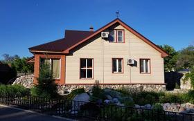 5-комнатный дом, 186.3 м², 27 сот., Мухамеджана Тынышпаева 118 за 58 млн 〒 в Усть-Каменогорске