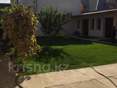 5-комнатный дом, 150 м², 6 сот., Некрасова — Диваева за 31 млн 〒 в Шымкенте, Аль-Фарабийский р-н — фото 3