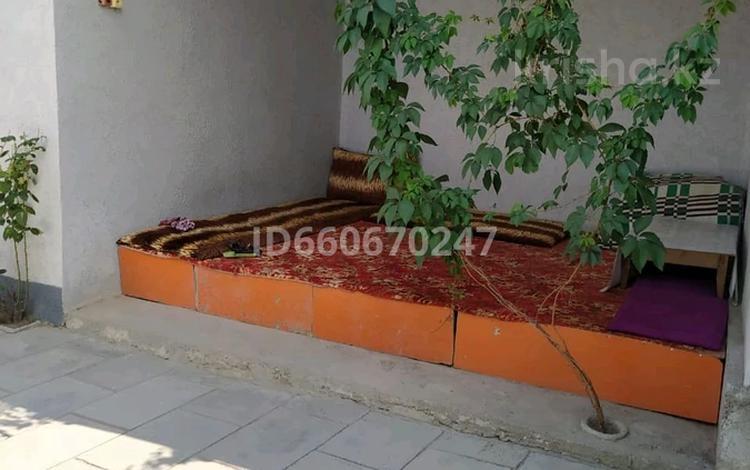 4-комнатный дом, 80 м², 8 сот., Кошек-батыра 258 за 18 млн 〒 в Таразе