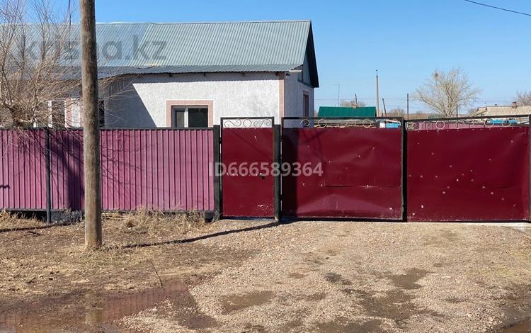 5-комнатный дом, 120 м², 16 сот., Первомайская 70/2 за 9 млн 〒 в Приречном