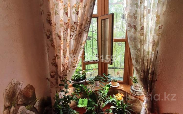 7-комнатный дом, 390 м², 17.7 сот., мкр Самал-1, Мкр Самал-1 — Утегенова за 125 млн 〒 в Шымкенте, Абайский р-н